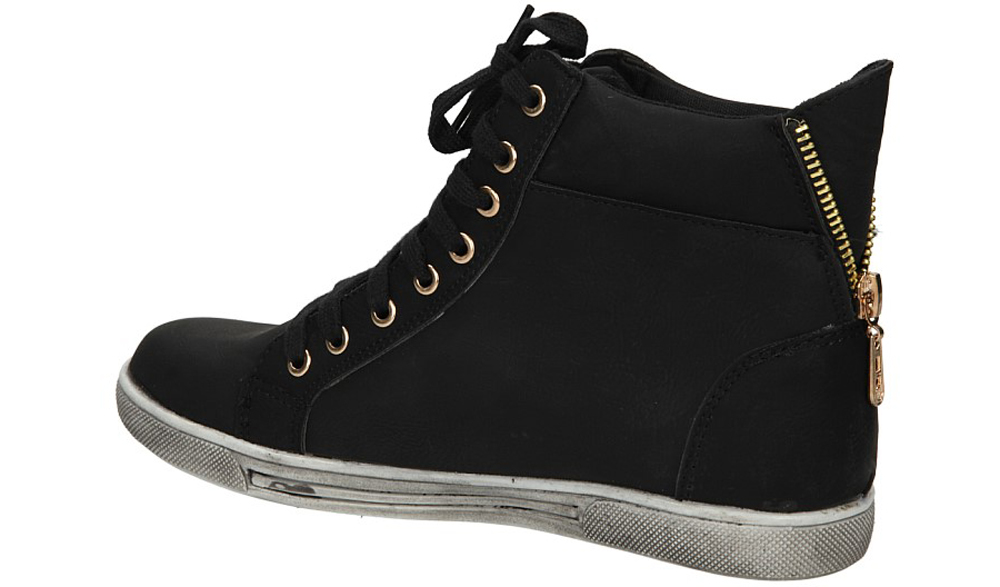 TRAMPKI CASU 880-2 kolor czarny