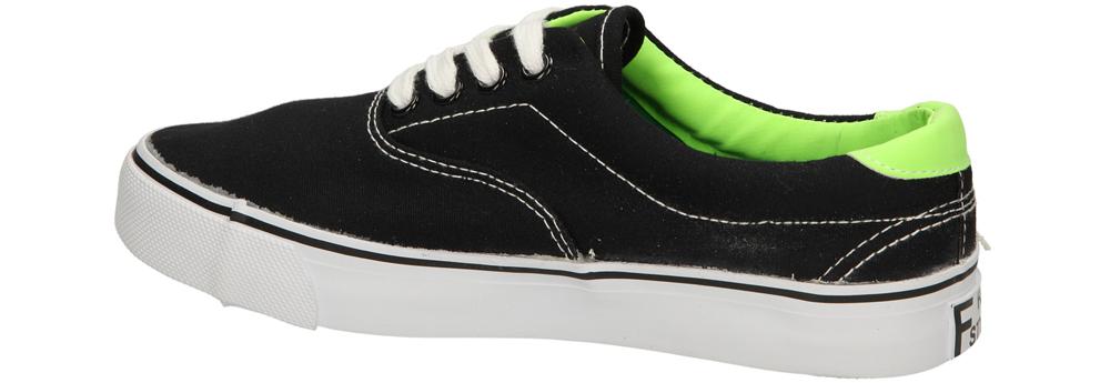 TRAMPKI CASU 413-1 kolor czarny, zielony