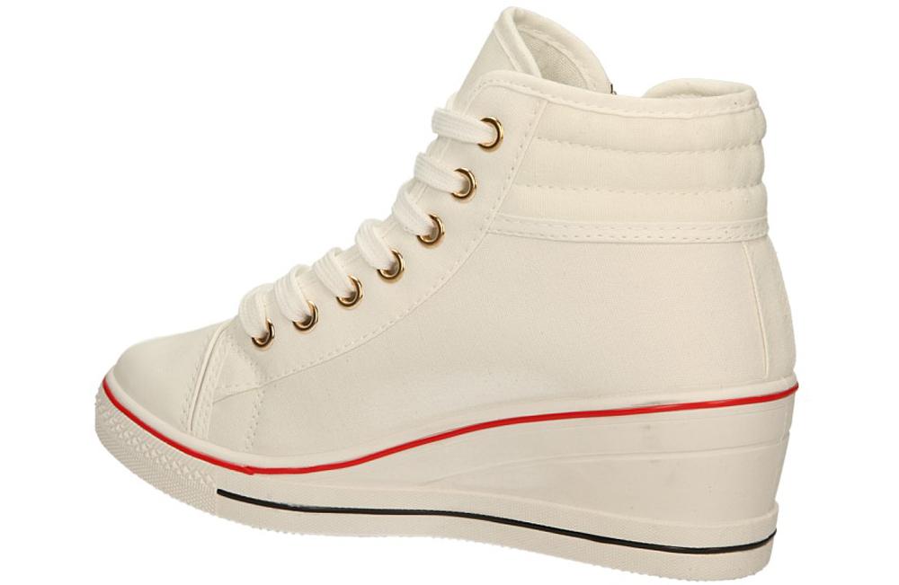 TRAMPKI CASU B8-19 kolor biały