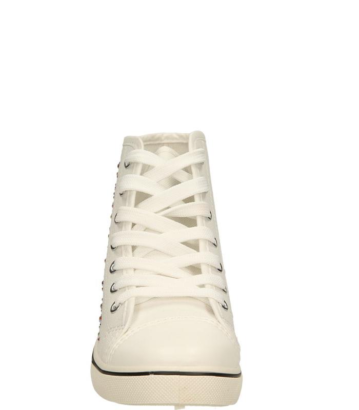 TRAMPKI CASU 128-4 kolor biały