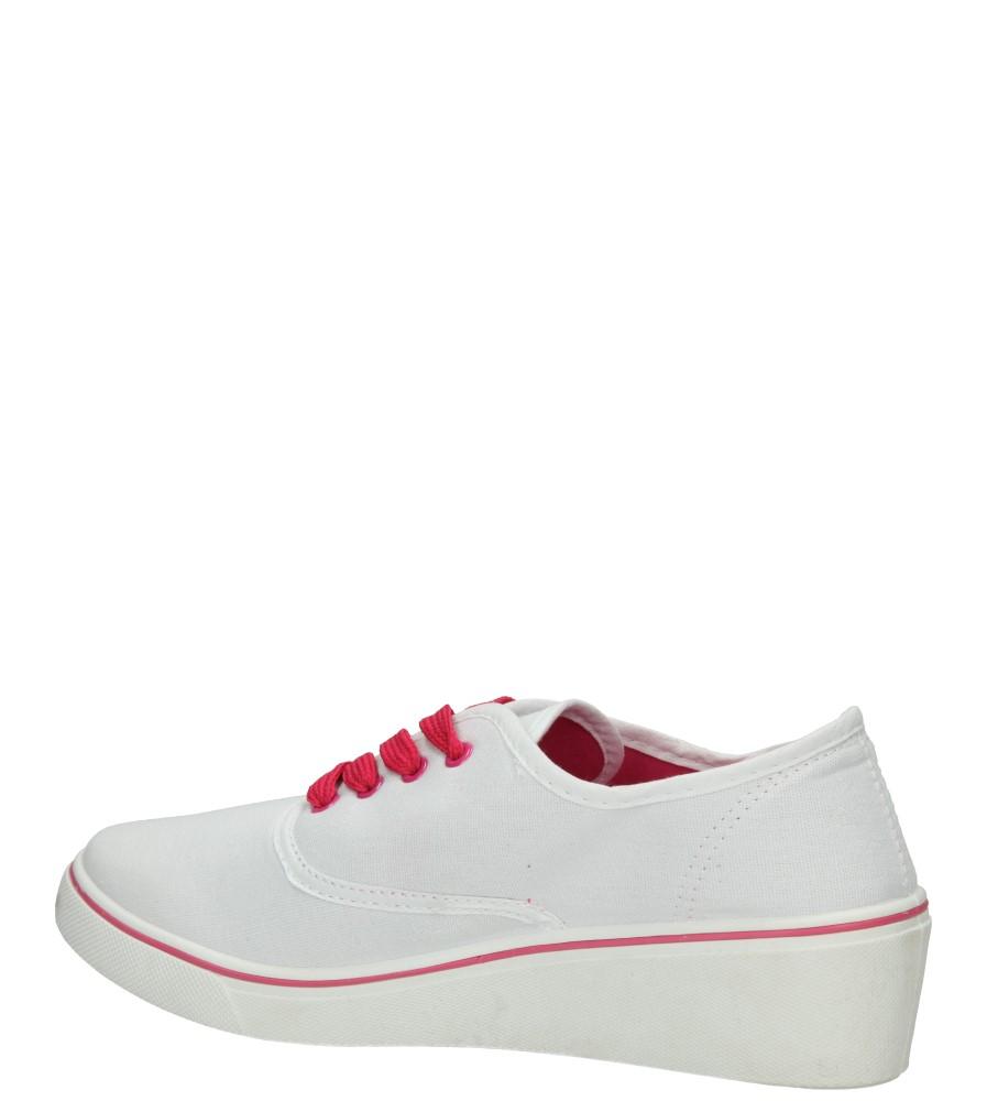 TRAMPKI CASU VT30 kolor biały
