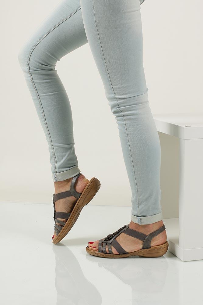 Sandały z ozdobami Rieker 60841 nosek_buta otwarty