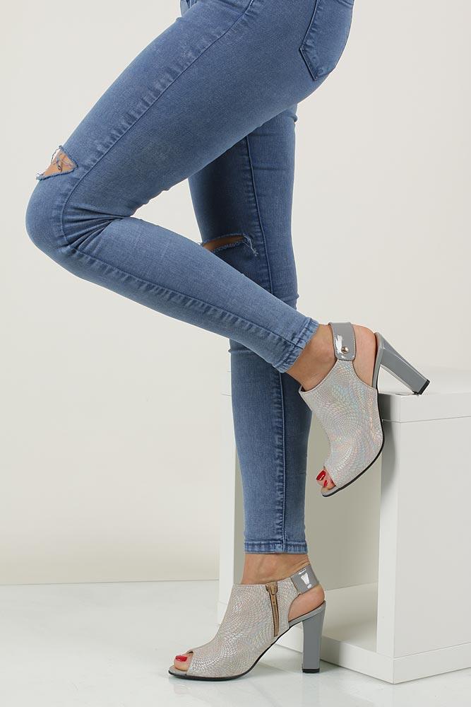 Sandały na słupku Casu 301 model 301
