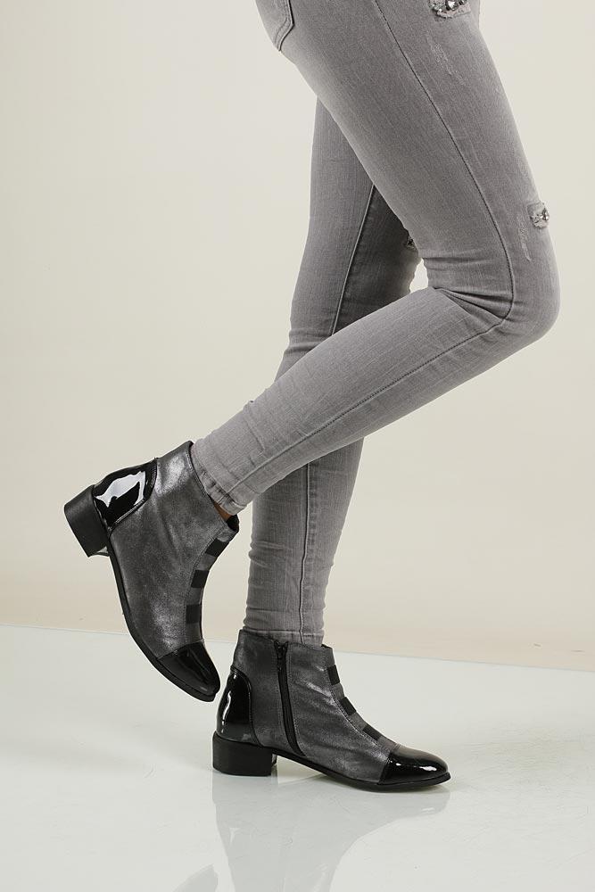 damen schuhe casu 020 stiefeletten ankle boots winter grau schwarz lack flache ebay. Black Bedroom Furniture Sets. Home Design Ideas