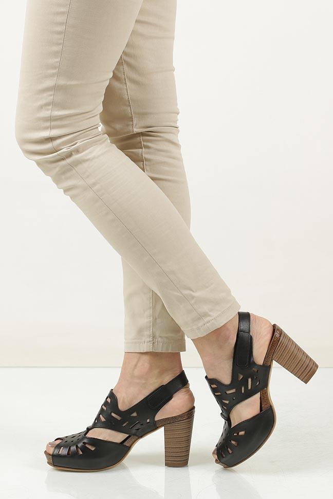 Sandały skórzane ażurowe Ana Roman 17338