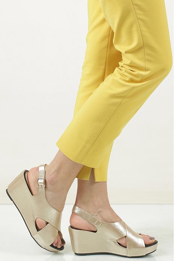 Sandały na koturnie Casu LS06709P material_obcasa pokryty skórą ekologiczną
