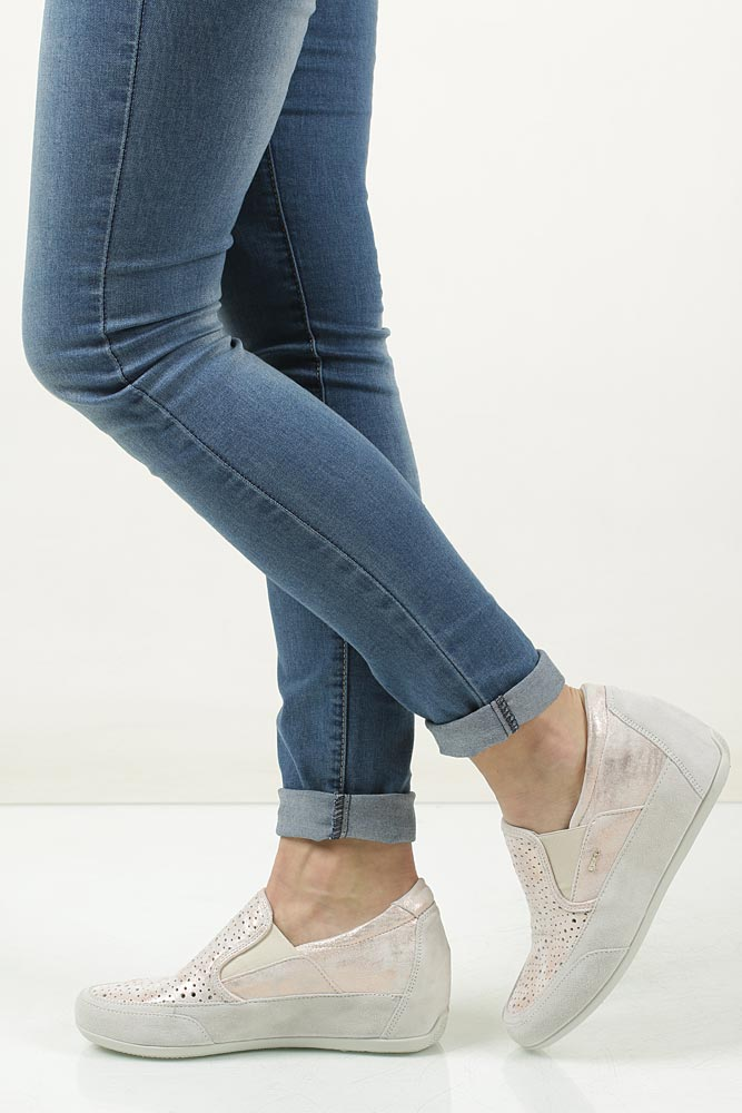 Damskie Sneakersy skórzane Igi&Co 77401 różowy;biały;