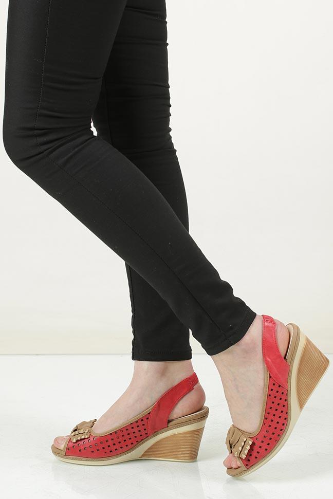 Sandały ażurowe na koturnie Casu 7SF-QH34195