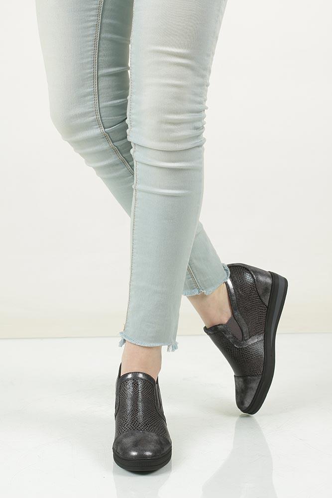 Sneakersy na koturnie S.Barski L05717P model L05717P