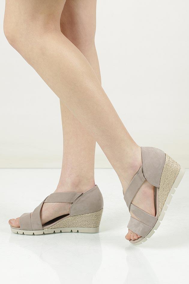 Sandały z nubuku Gabor 62.853 model 62.853.43