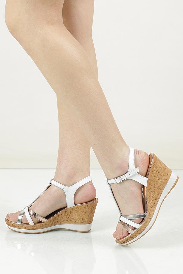 Sandały skórzane Tamaris 1-28347-28
