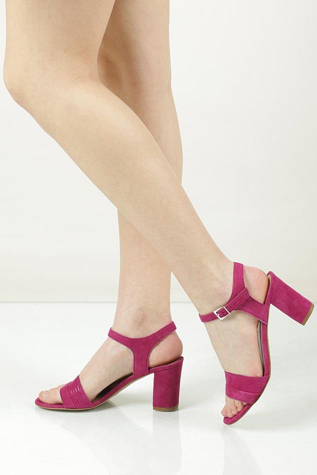 Sandały zamszowe na słupku Tamaris 1-28358-28