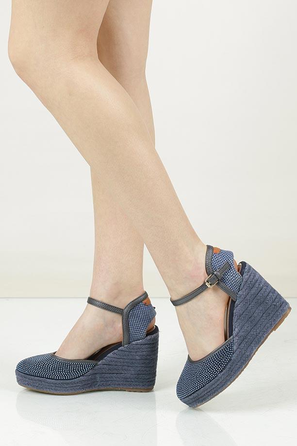 Sandały na koturnie Wrangler WL171650
