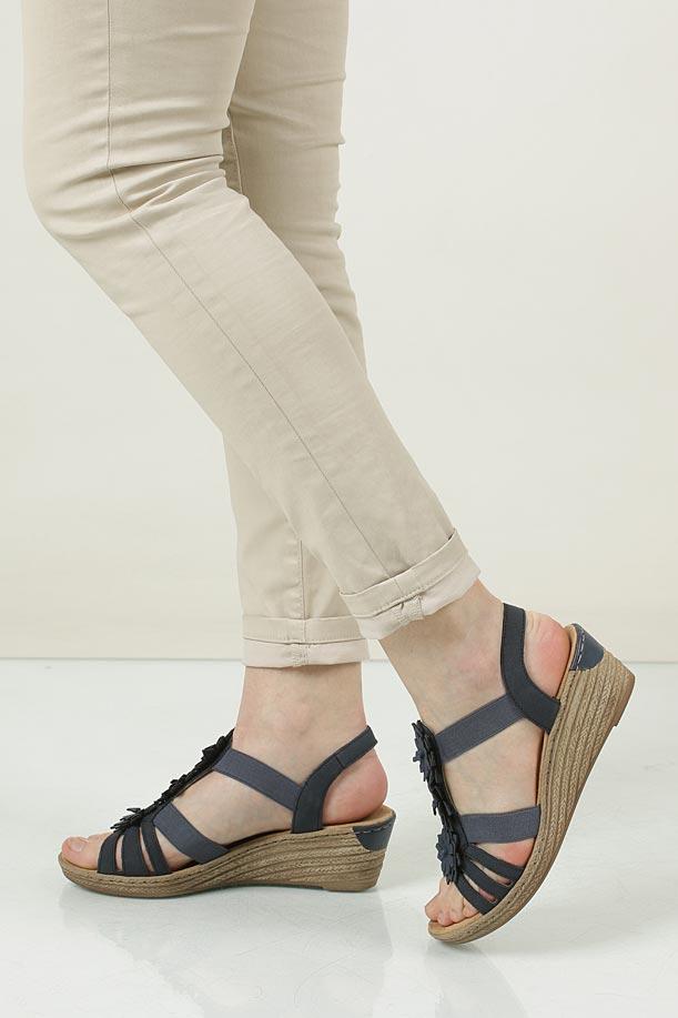 Sandały na koturnie Rieker 62461-14