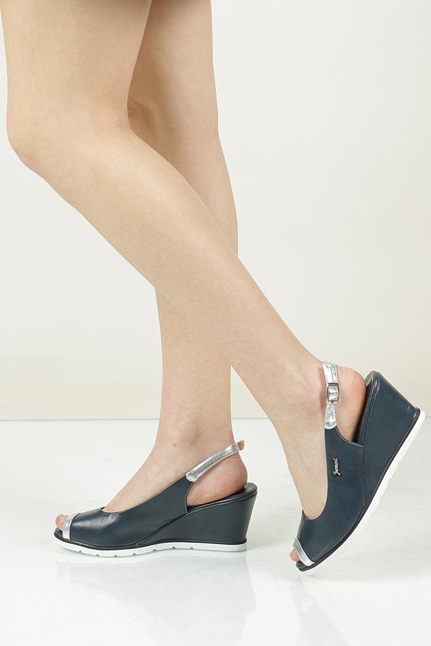 Sandały na koturnie Jezzi SA76-1