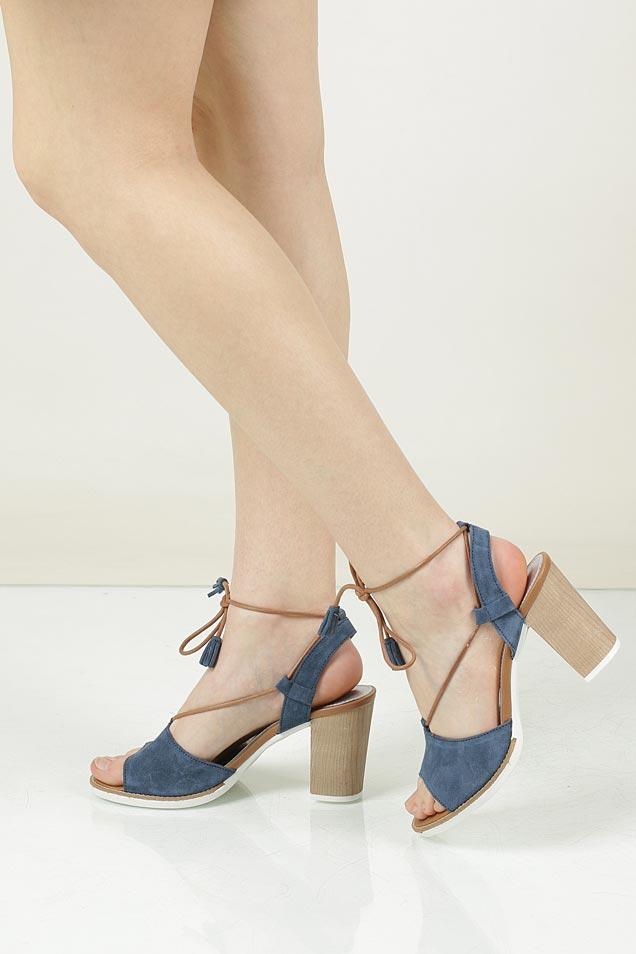 Damskie Sandały z zamszu wiązane Marco Tozzi 2-28365-28 niebieski;;
