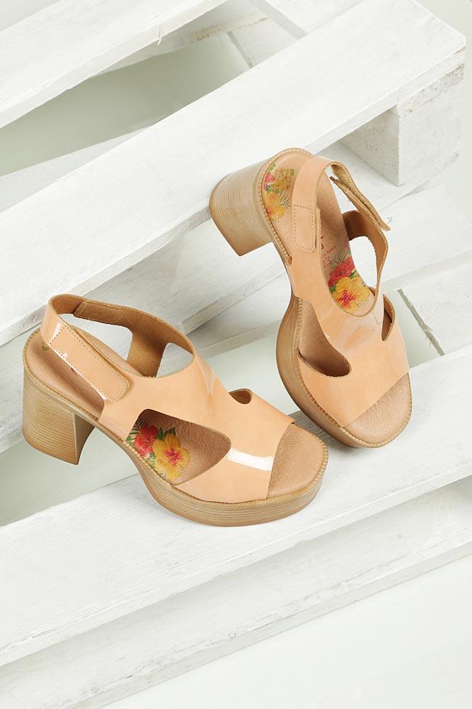 Sandały lakierowane na słupku Marila 1629/IL-24
