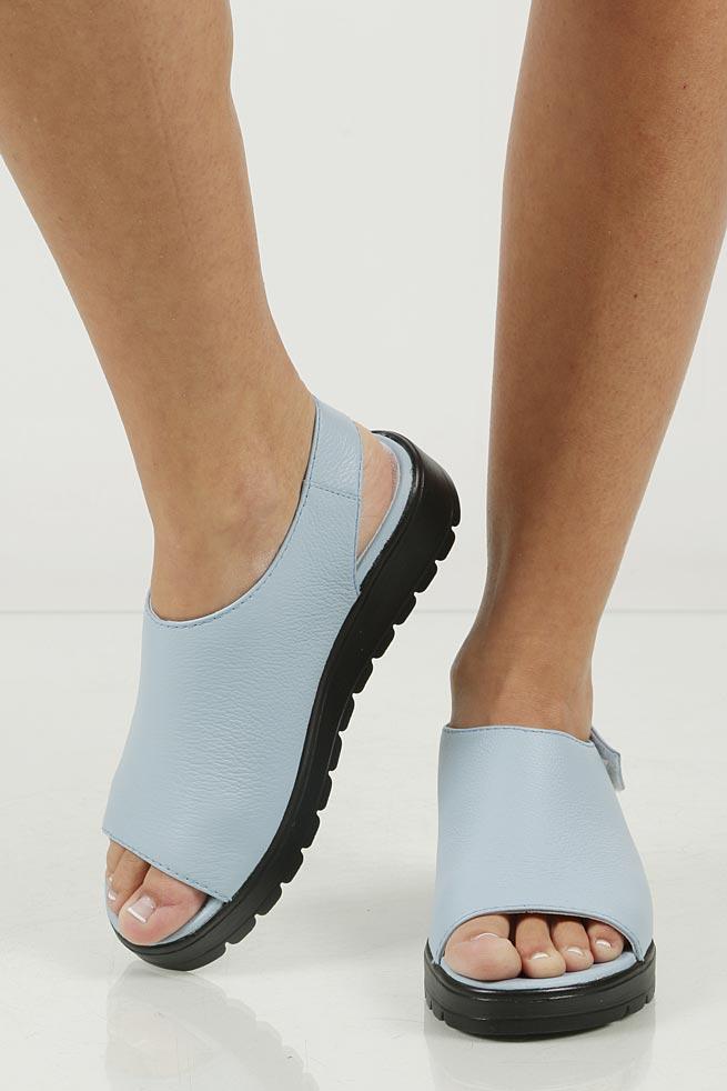 Sandały skórzane Nessi 66605