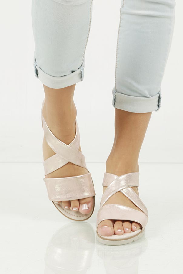 Sandały skórzane Gabor 64.572.64