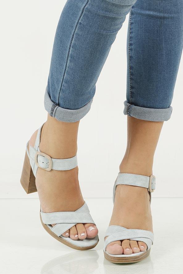 Sandały skórzane Nessi 17151