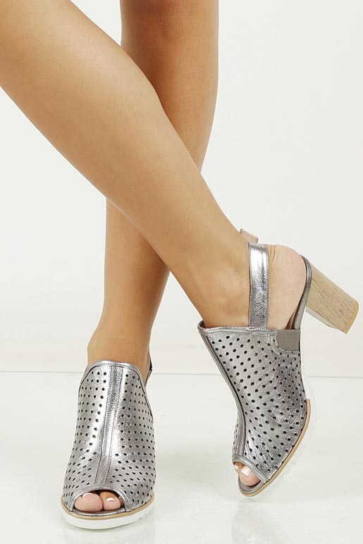 Sandały skórzane na słupku Karino 1997/078-P model 1997/078-P
