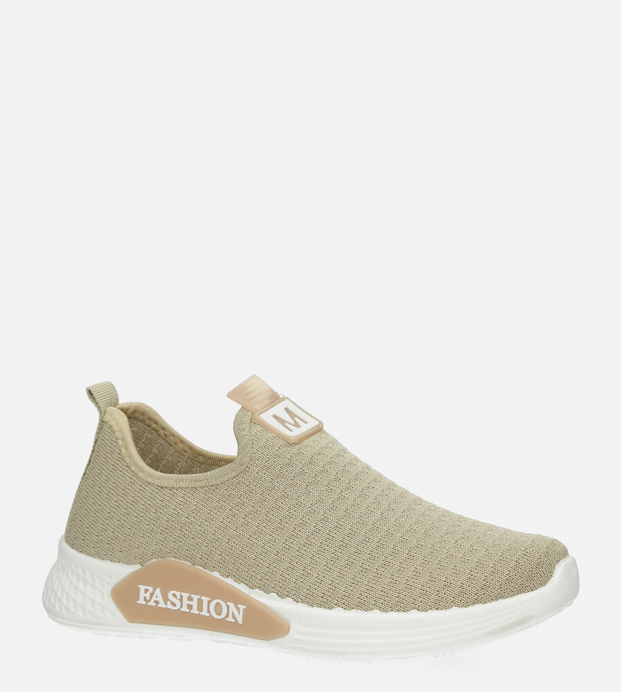 Beżowe buty sportowe wsuwane Casu 20P5/M beżowy