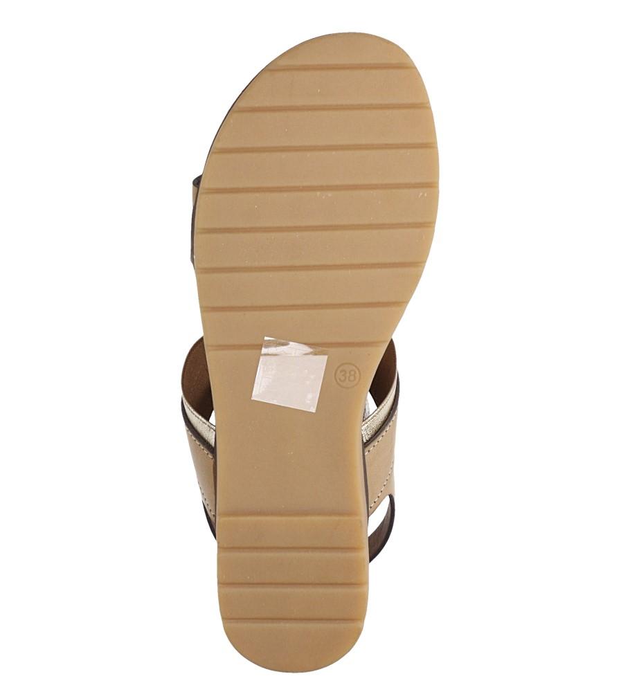 Beżowe lekkie sandały płaskie z błyszczącą gumką Casu K19X7/T wnetrze skóra ekologiczna