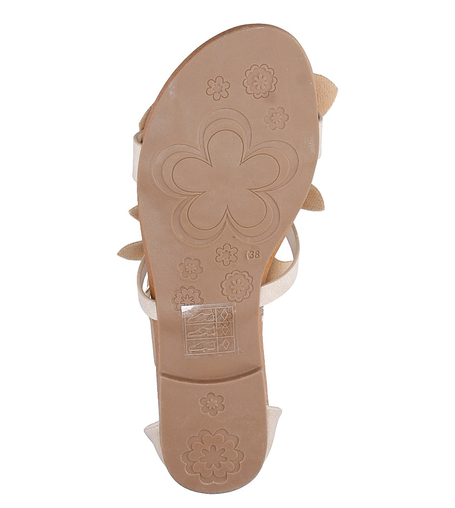 Beżowe płaskie sandały z kokardkami z zakrytą piętą Casu K18X14/BE wys_calkowita_buta 10.5 cm