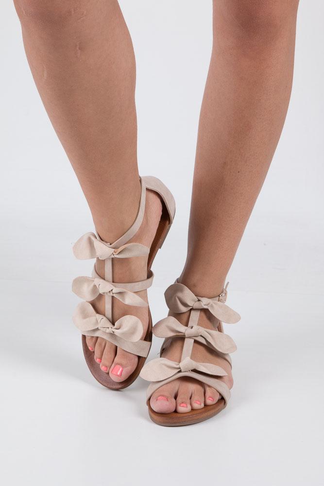 Beżowe płaskie sandały z kokardkami z zakrytą piętą Casu K18X14/BE wierzch skóra ekologiczna