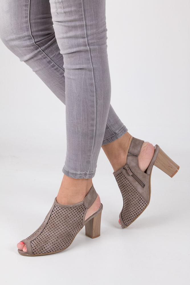 Beżowe sandały ażurowe na obcasie Jezzi SA107-2 beżowy
