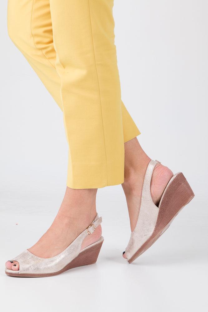 Beżowe sandały błyszczące na koturnie Sergio Leone SK811-23S beżowy