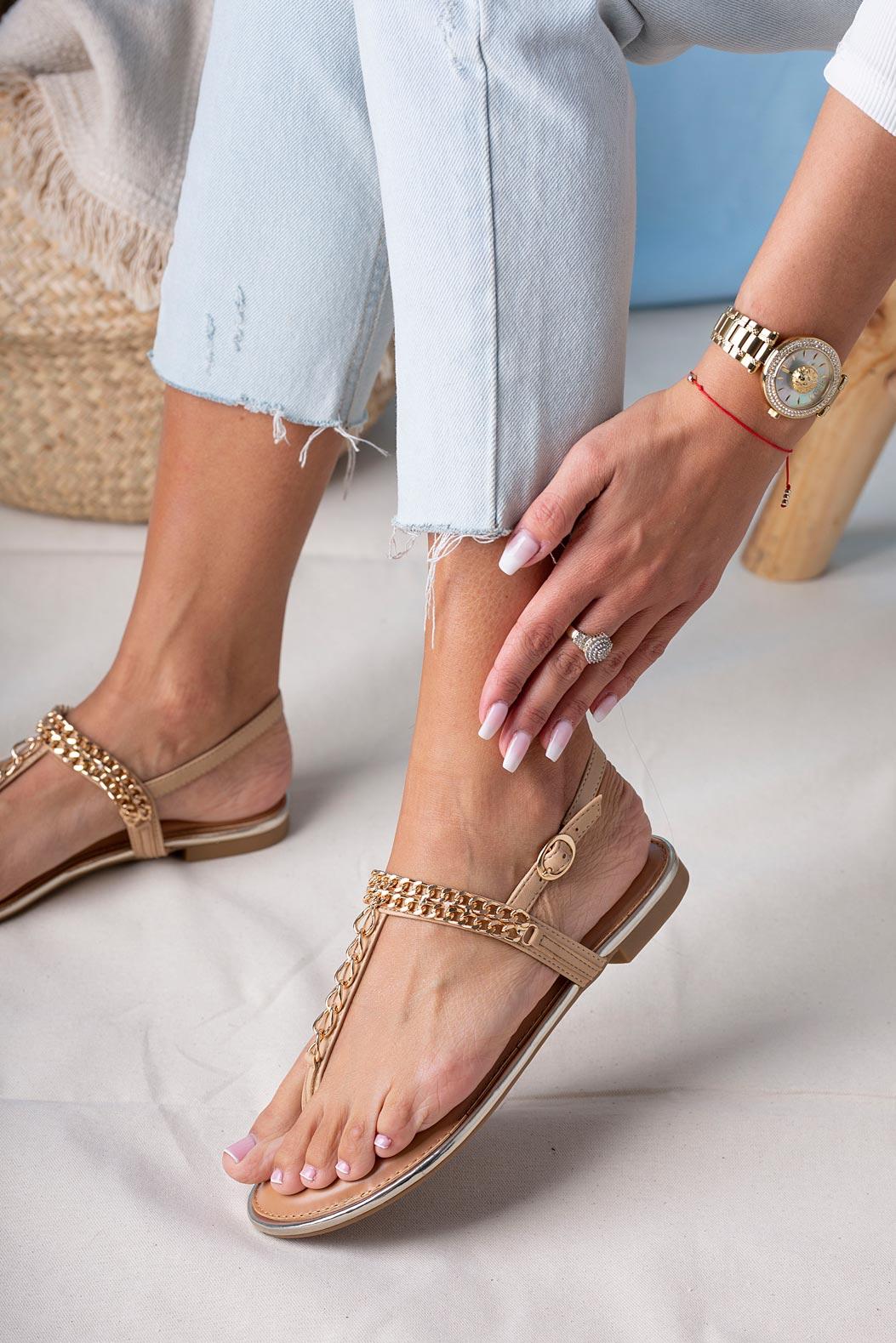 Beżowe sandały japonki płaskie z ozdobnym złotym łańcuszkiem Casu RT20X7/BE beżowy