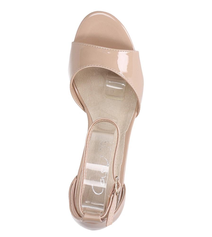 Beżowe sandały lakierowane ze skórzaną wkładką z zakrytą piętą i paskiem wokół kostki Casu N19X4/NP wys_calkowita_buta 15 cm
