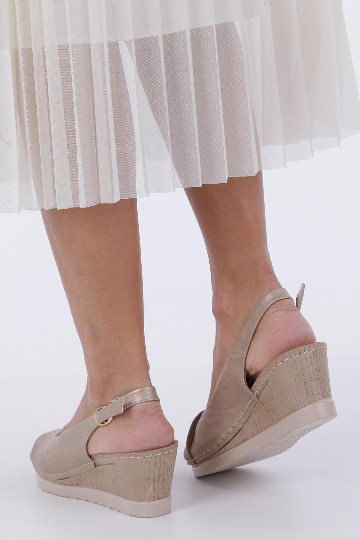 Beżowe sandały na koturnie Casu W19X13/B wysokosc_obcasa 6.5 cm