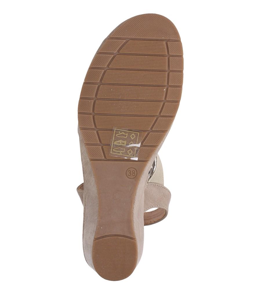 Beżowe sandały na koturnie z gumką metalowa ozdoba Casu W19X15/B wnetrze skóra ekologiczna