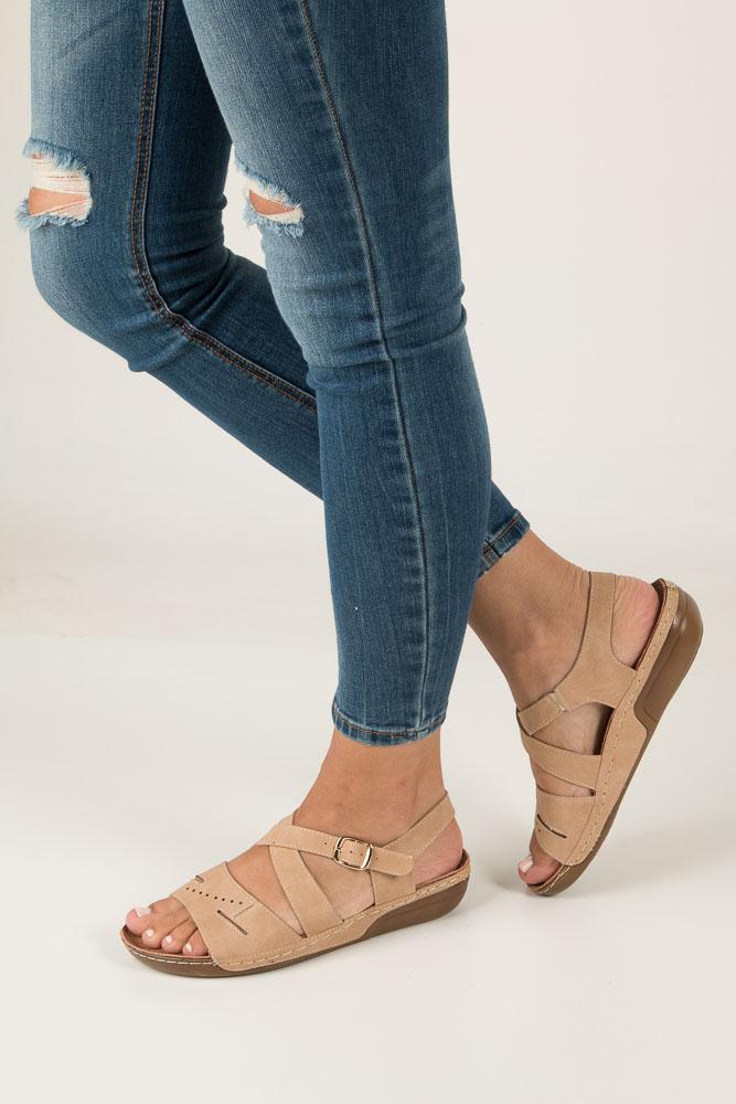 Beżowe sandały na obcasie niskim Jezzi MR1731-2