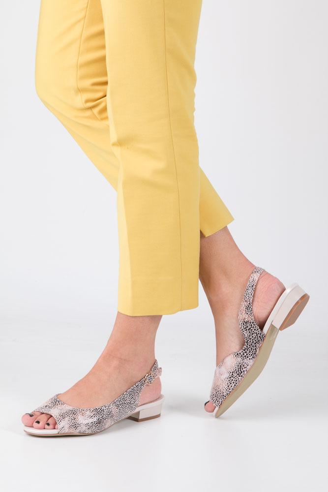 Beżowe sandały na niskim obcasie w kwiaty mozaika Sergio Leone SK809-10X
