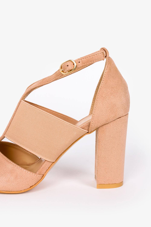 Beżowe sandały na słupku zabudowane z zakrytą piętą Casu ER21X6/BE wysokosc_obcasa 9 cm