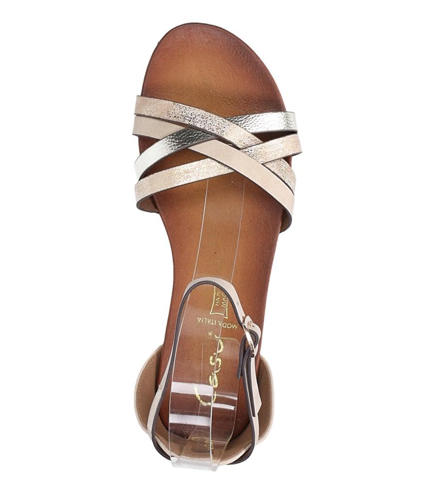 Beżowe sandały płaskie z zakrytą piętą i paskiem wokół kostki Casu K18X9/BE wysokosc_platformy 1 cm