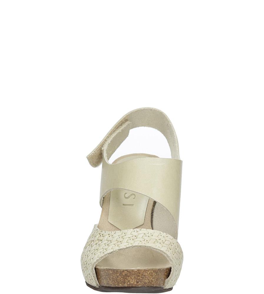 Beżowe sandały skórzane na słupku Nessi 42103 kolor beżowy