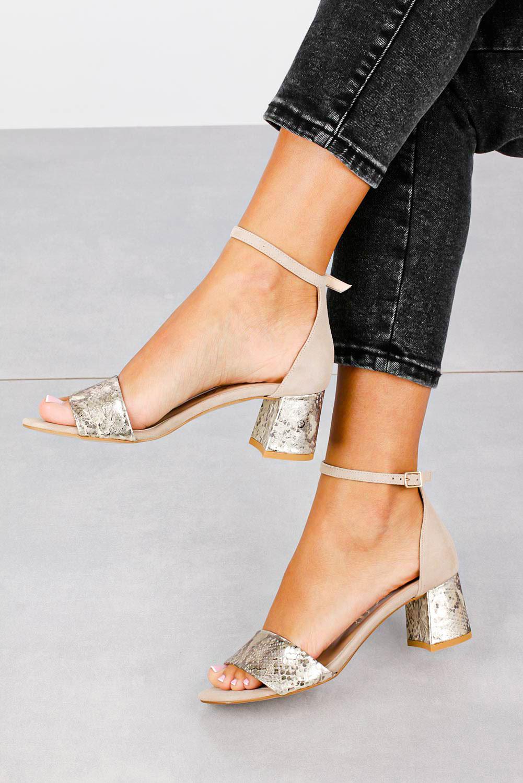 Beżowe sandały skórzane z paskiem wokół kostki na szerokim ozdobnym słupku Casu DS-252/A sezon Lato