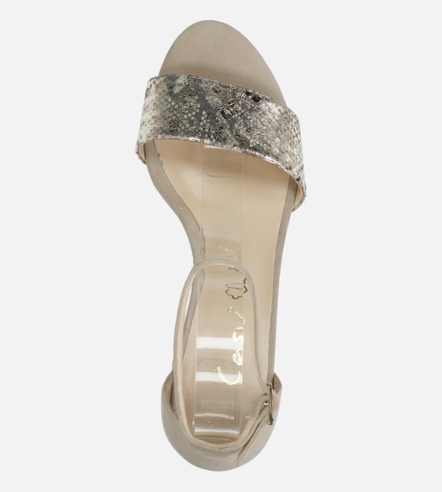 Beżowe sandały skórzane z paskiem wokół kostki na szerokim ozdobnym słupku Casu DS-252/A wnetrze skóra