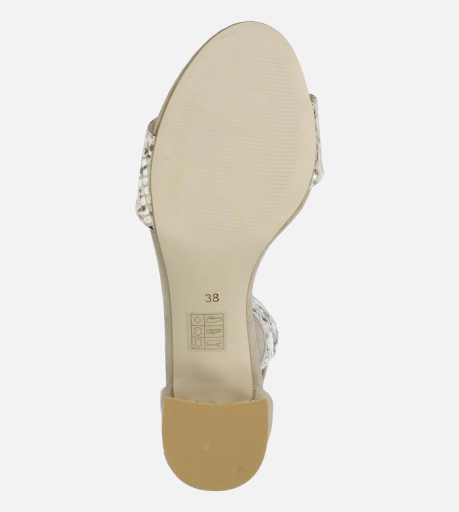 Beżowe sandały skórzane z paskiem wokół kostki na szerokim ozdobnym słupku Casu DS-252/A wkladka skóra