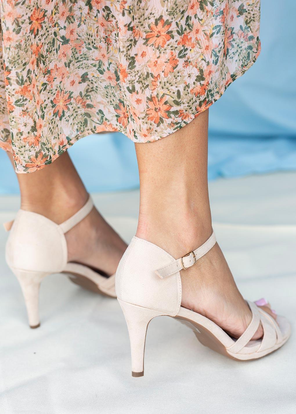 Beżowe sandały szpilki z zakrytą piętą ze skórzaną wkładką Casu ER20X3/BE jasny beżowy