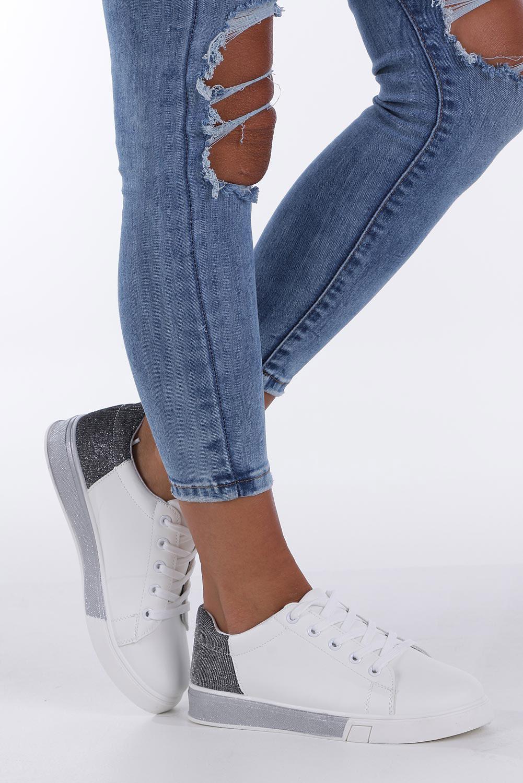 f4952ec9 ... Białe buty sportowe brokatowe sznurowane Casu 02004(D0611) kolor biały,  srebrny ...