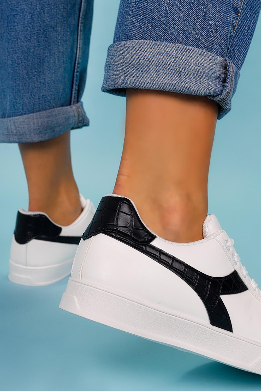 Białe buty sportowe creepersy sznurowane Casu LV100P-27 biały