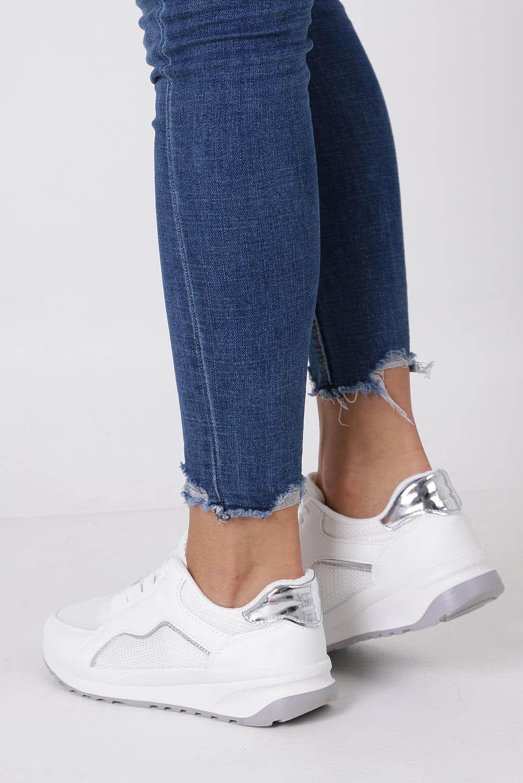 Białe buty sportowe sneakersy na platformie sznurowane Casu 960-2