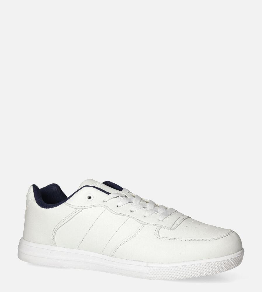Białe buty sportowe sznurowane Casu 20T7/W