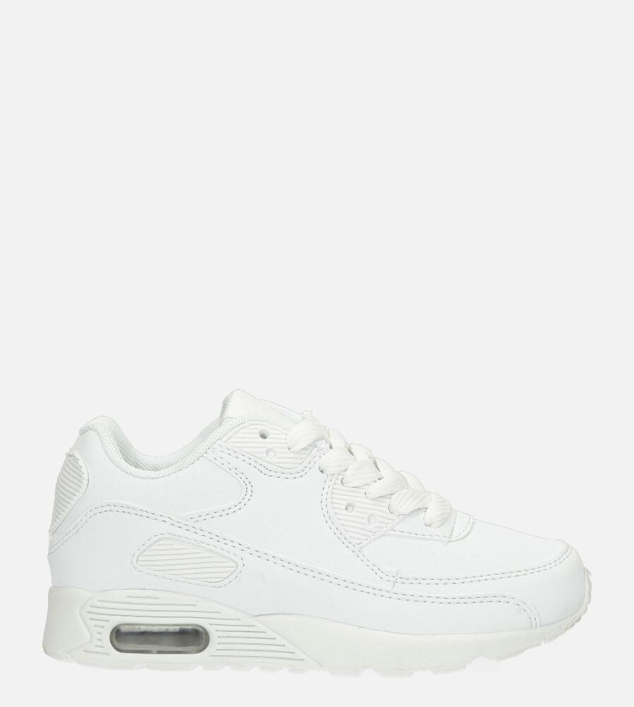 Białe buty sportowe sznurowane Casu 689 biały