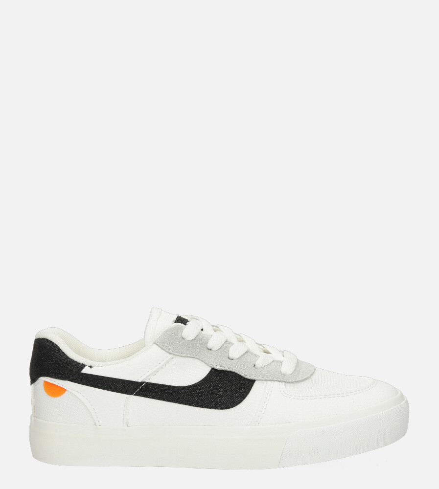 Białe buty sportowe sznurowane Casu K298 biały
